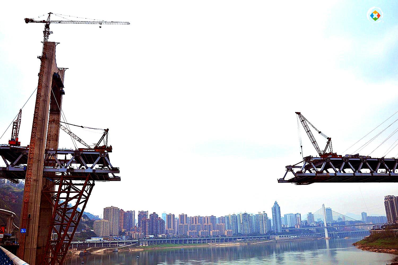 """红岩村大桥顺利合龙,重庆人口中的""""世纪工程"""",终于要通车了"""