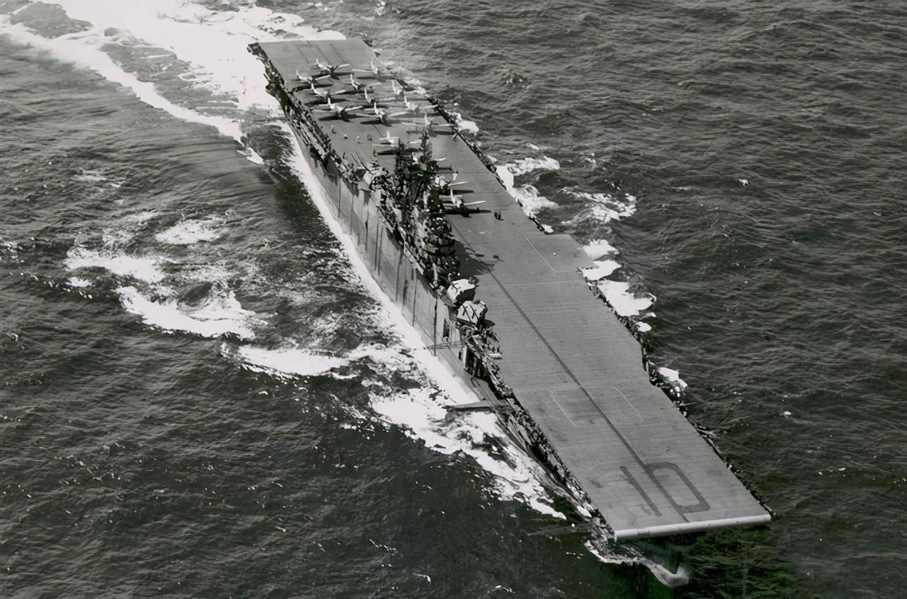 击沉一艘航母到底有多难?要付出多少代价?美国测试了25天
