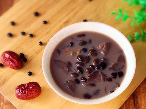 补药一堆,不如黑豆一把,教你黑豆好吃的做法,营养又解馋 美食做法 第3张