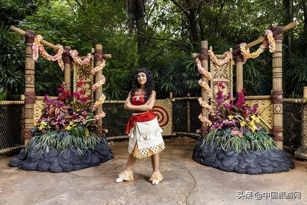 香港迪士尼乐园邀请宾客投入《迪士尼寻梦奇缘》户外音乐派对