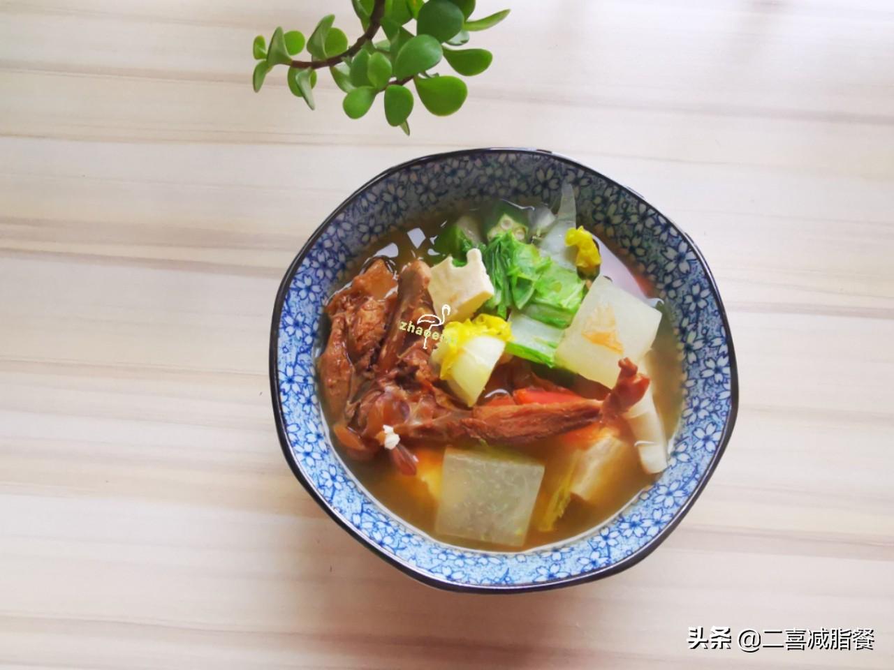 减肥容易便秘,这样的蔬菜汤吃一天就好,早餐晚餐都适用 早餐晚餐 第7张
