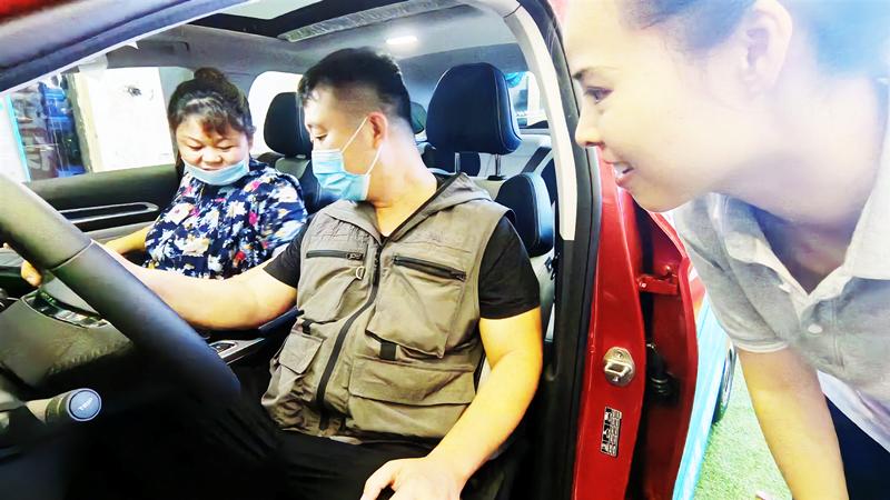 第四代帝豪BMA冠军车正式上市,唐山万汇展厅同步直播