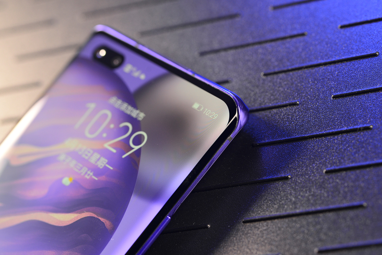 评测多款华为荣耀手机后,你会发现颜值的作用相当之大