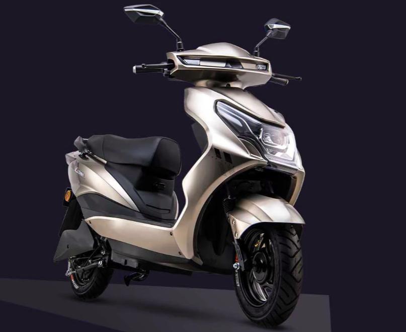 爱玛、雅迪2款电动车,60V的电池,最大续航100公里左右