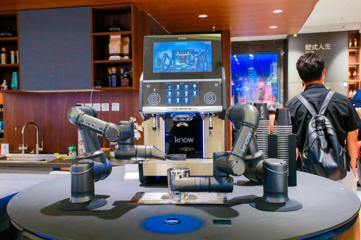 机器人为您做咖啡?三翼鸟厨房:5分钟一道菜,90秒一杯咖啡