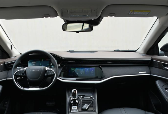 赛道级宽体家轿 东风风神奕炫MAX定9月1日上市 预售价9.79万起