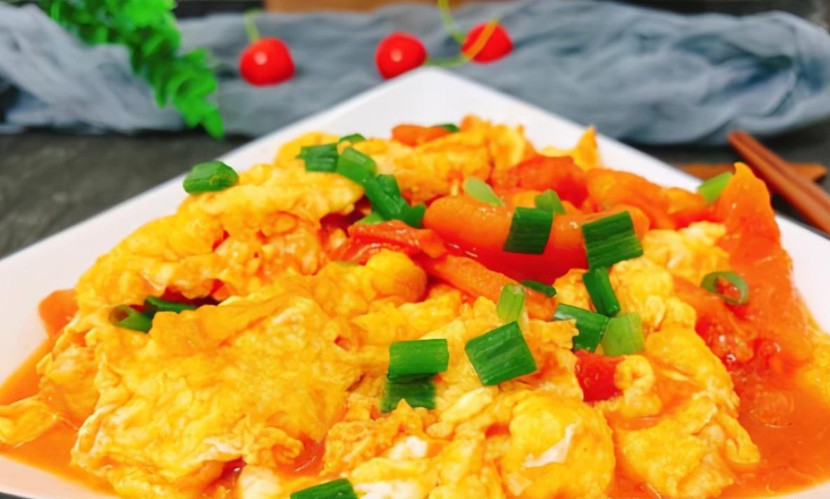西红柿炒蛋,先炒哪个是关键,记住顺序,西红柿沙软,鸡蛋鲜嫩 美食做法 第3张