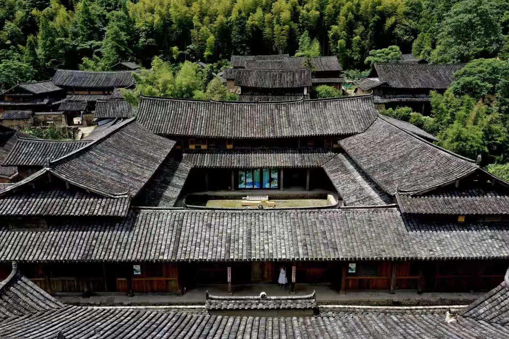 """浙南边陲""""文武双全""""的古村,有着近800年的历史,却少有游客"""