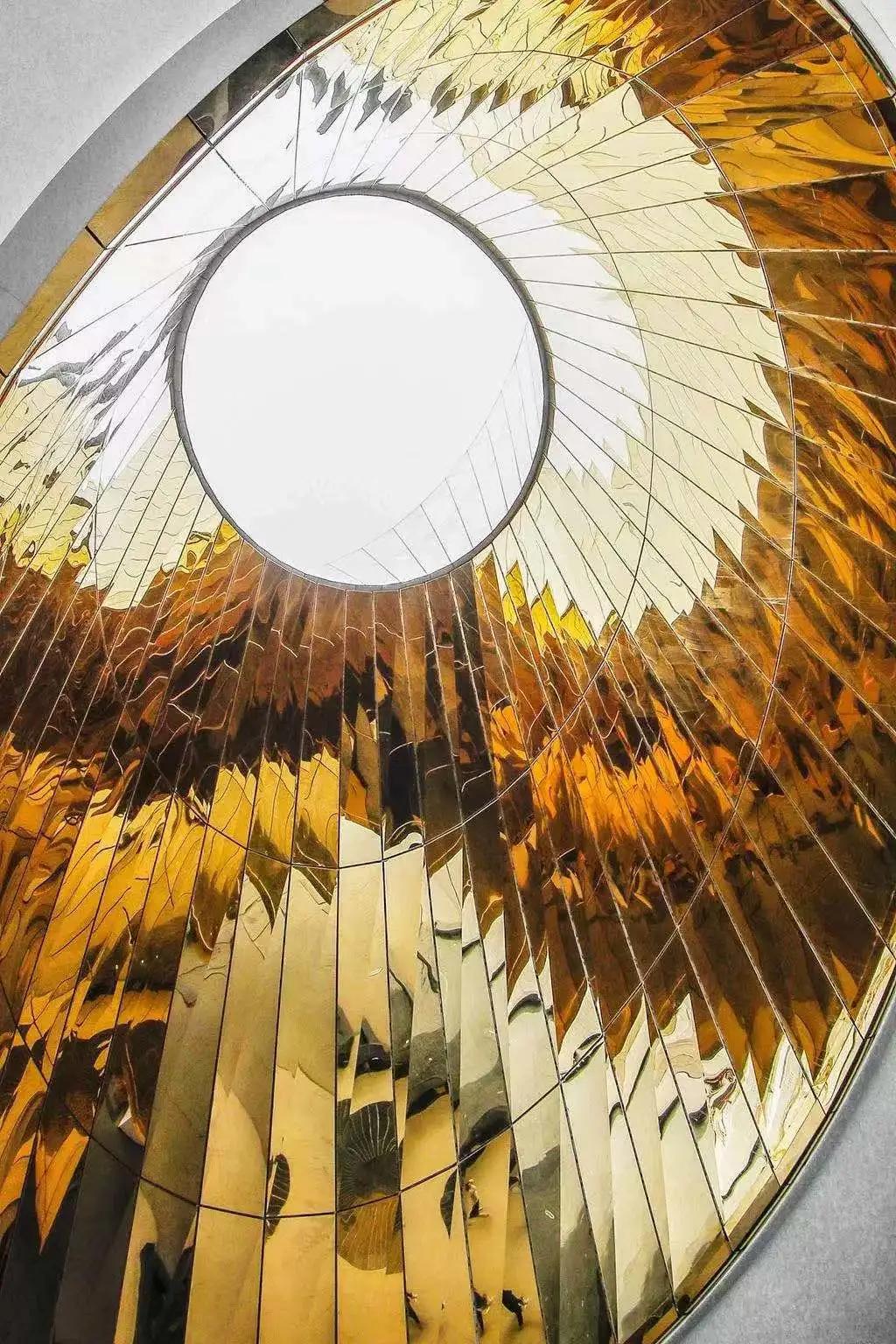 震撼�硪u!耗�Y6�|的全球最大天文�^―上海天文�^�@�G亮相