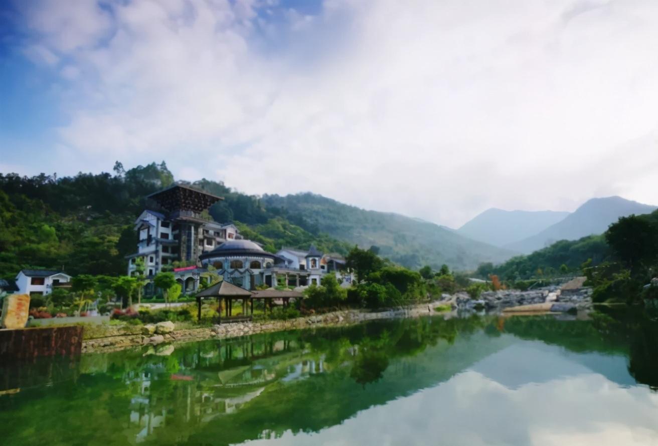 公开网红达人最爱打卡的禅龙峡漂流,原来在天露山