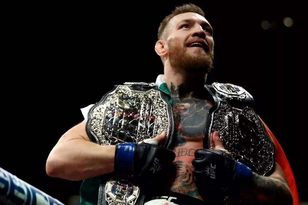 小鹰退役谁是UFC新王者?博彩公司开出赔率,看好嘴炮一统江湖