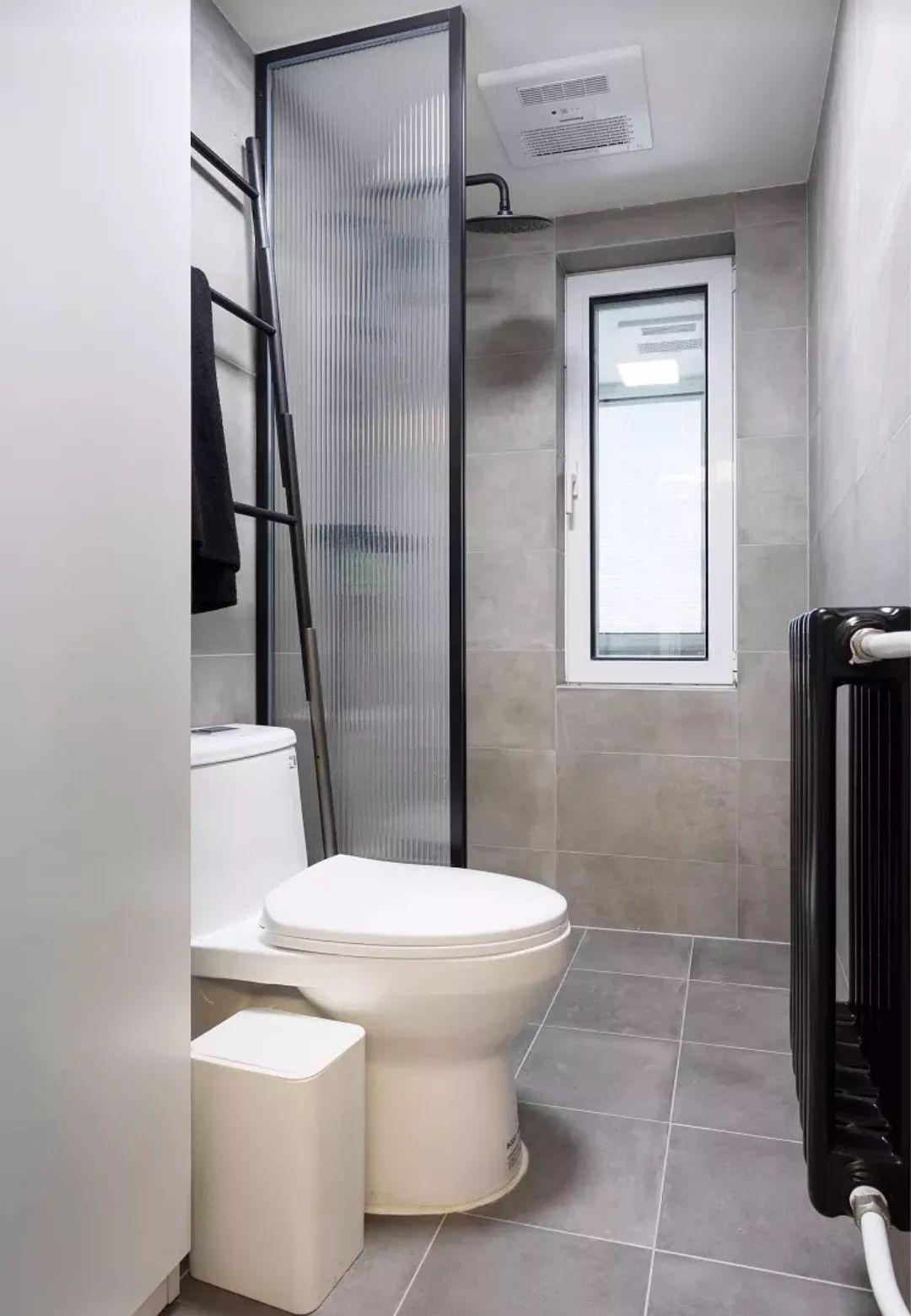 实例分享:4m²卫生间也能做干湿分离,就是这么豪横