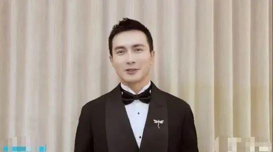 娱乐盛典星光黯淡:李现得奖放视频,王一博、肖战被迅速略过