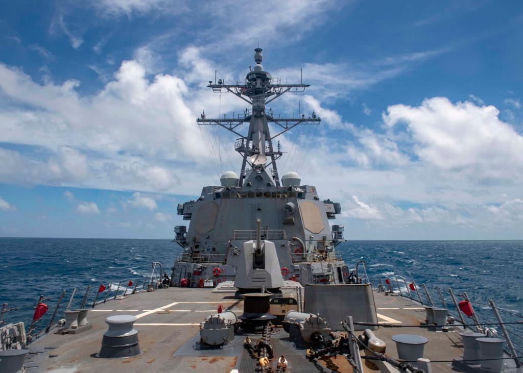 长征8号火箭文昌首发在即,山东号航母南海亮相,美军捣乱要掂量