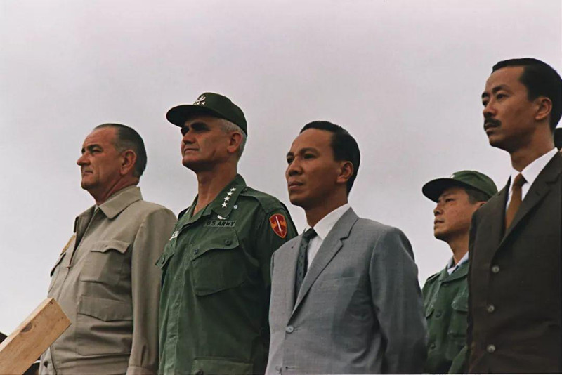 """1974西沙海战,我军""""错估""""南越战力,南越海军被打得落荒而逃"""