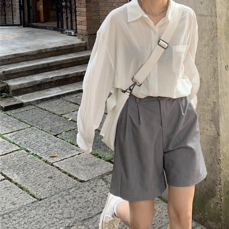 """夏天流行的裤子来了,叫""""爸爸裤"""",遮肉显瘦,比阔腿裤更时髦"""