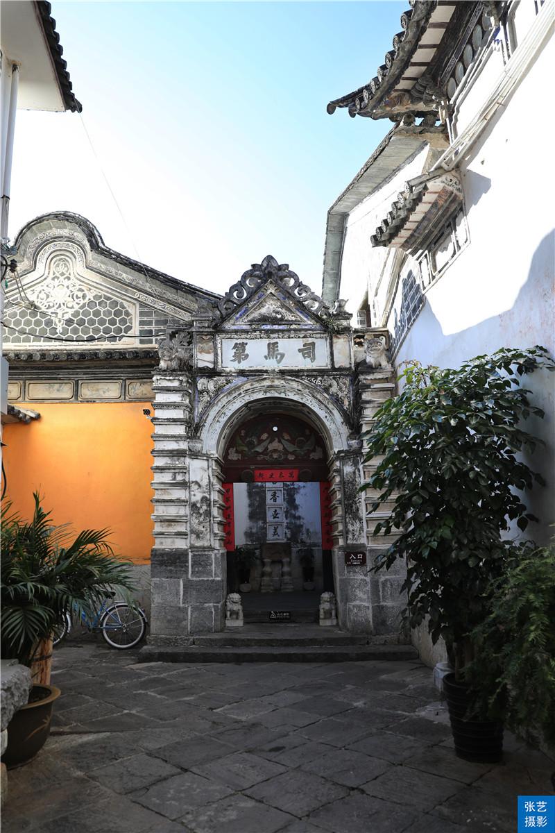 云南百年前的首富老宅,奢华程度不逊于乔家大院,如今却物是人非