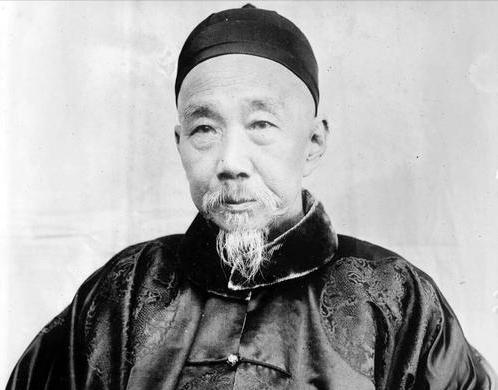 《马关条约》签订后,清廷想毁约再战,李鸿章泼了一盆冷水
