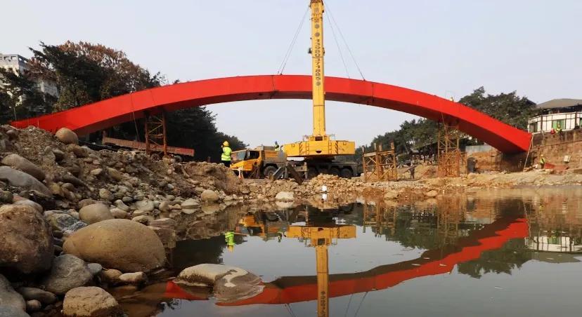 2月5日,眉山这条红街将开街,这座红桥也将投入使用