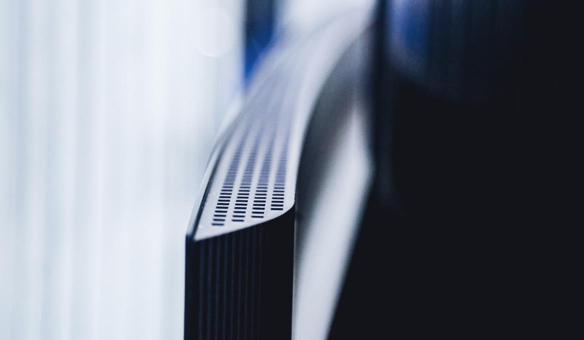 全球第二款8K OLED电视发布!创维W92首发玻璃发声技术
