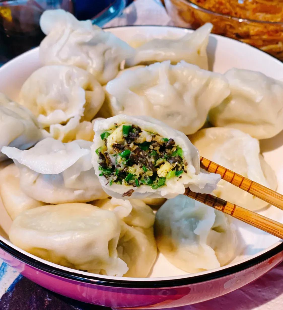 正宗的三鲜馅水饺,味道鲜美,健康营养 美食做法 第9张