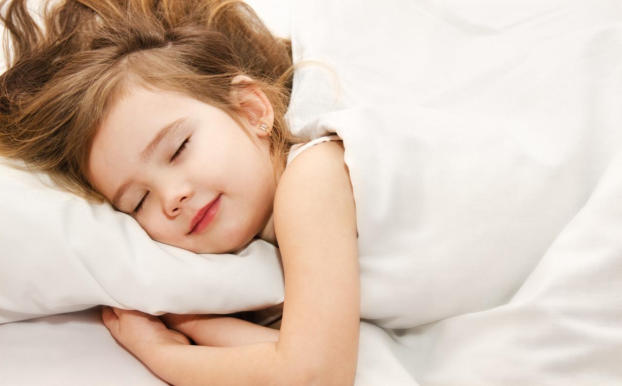 儿童睡眠障碍危害大,这3大危害要谨记,做好这3点养成良好睡眠习惯