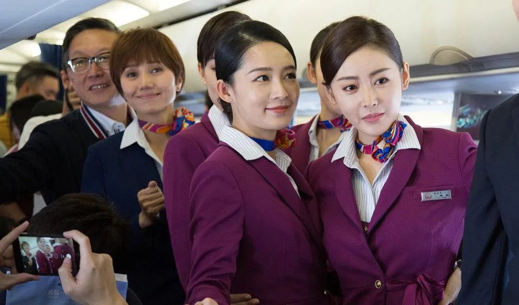 有一个空姐女友是什么体验?