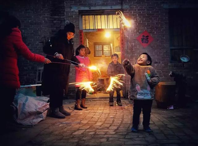 """""""妈妈,过年是啥?""""让孩子感受有仪式感的春节,才算得上是过年"""