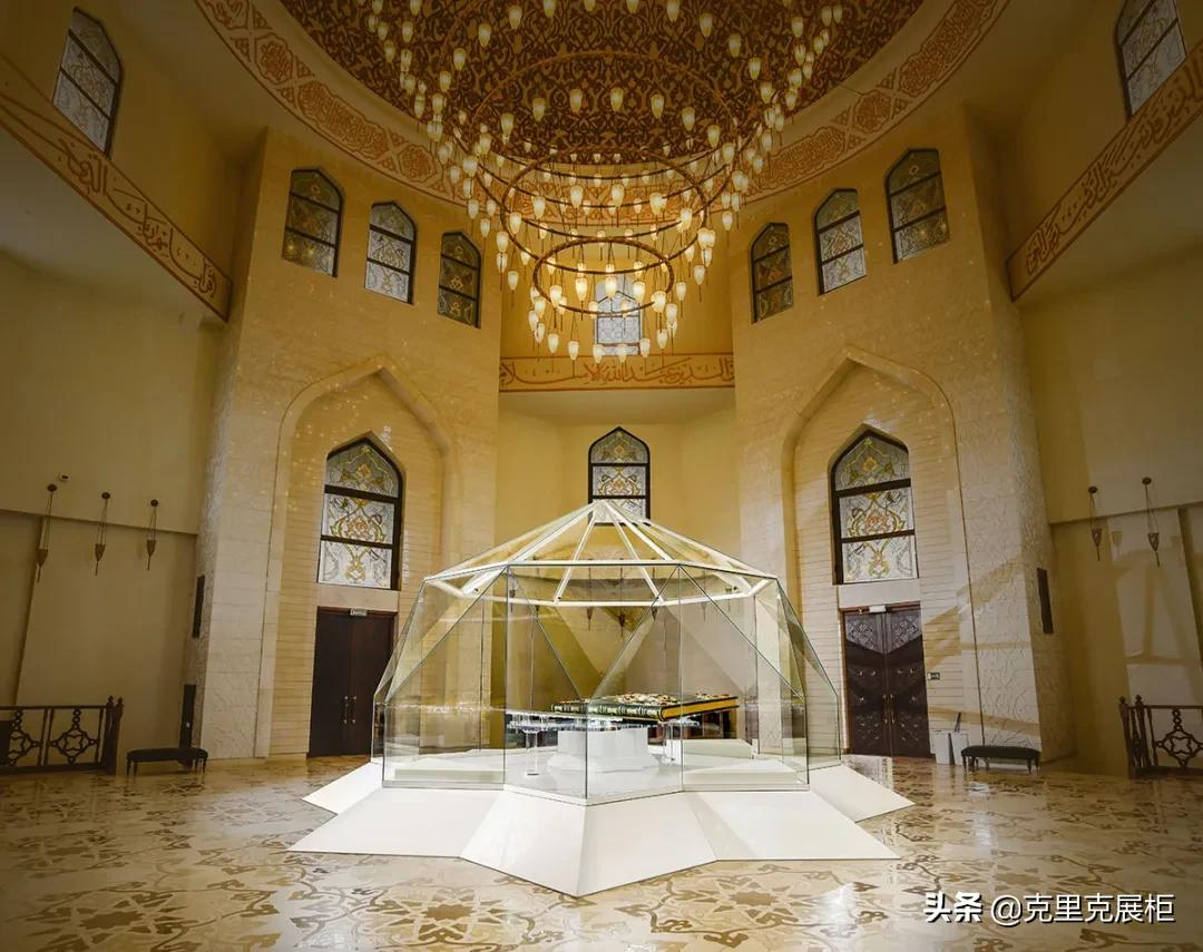 博尔加尔遗址的古兰经博物馆展柜实拍图