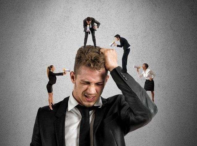 """老板:""""踩点上班,到点下班"""",现代年轻人不懂奉献为何物"""