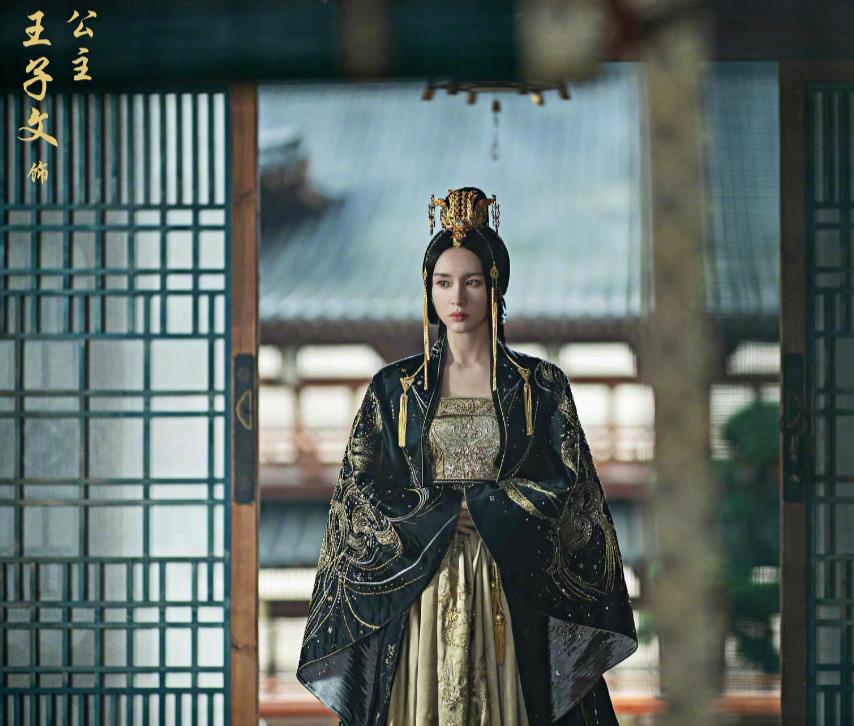 刘涛蒋欣乔欣发文为杨紫庆生,欢乐颂姐妹情深却唯独不见王子文