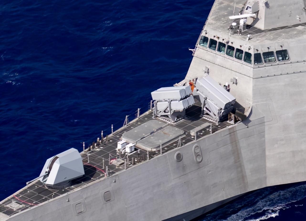 怕中俄水面战舰又怕水下潜艇,美海军给LCS装反舰导弹和反潜武器