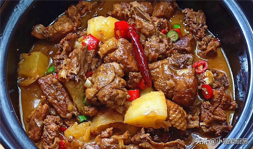 【土豆烧鸭肉】做法步骤图 成菜味道香而不腻 不错的下酒菜