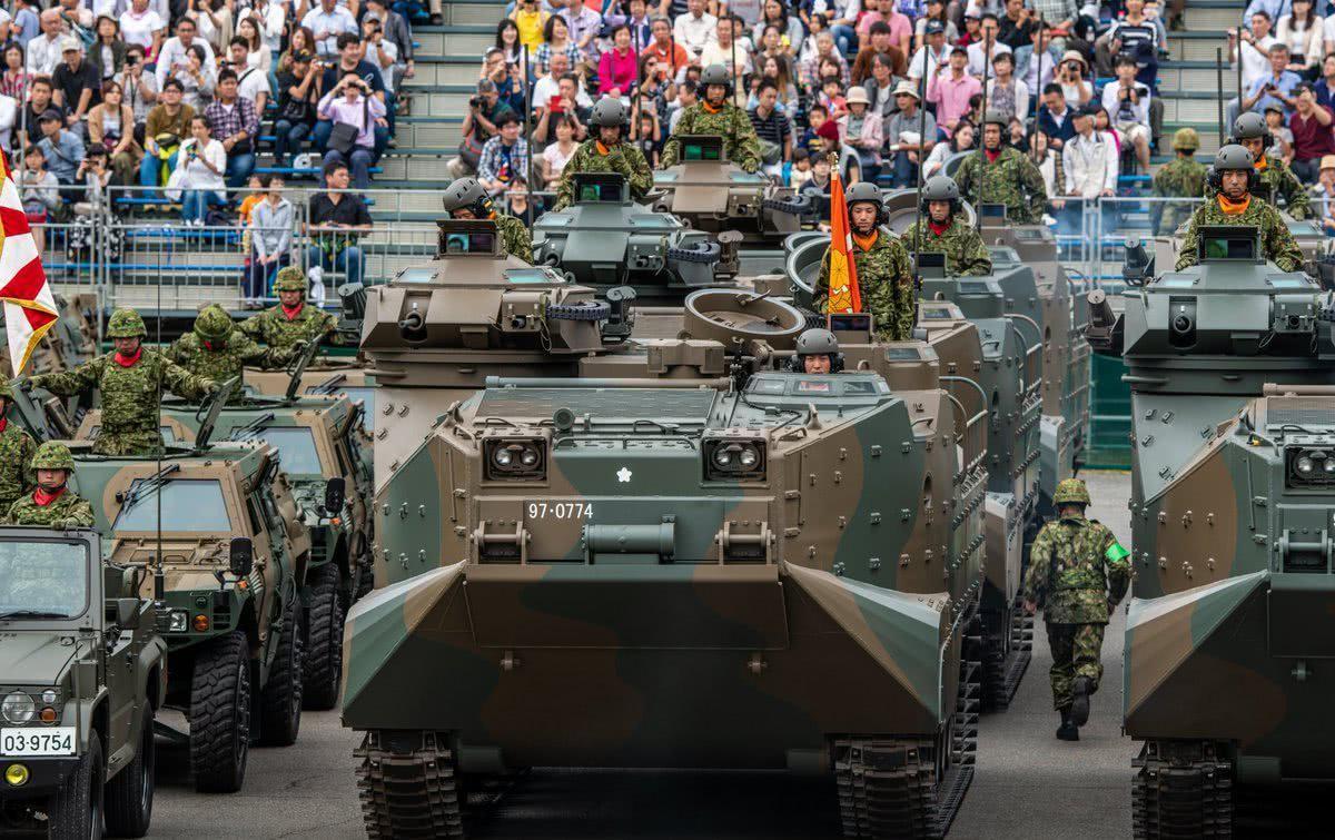 日媒:美军将大部分军力集结中国家门口,日本必须争做军事大国了