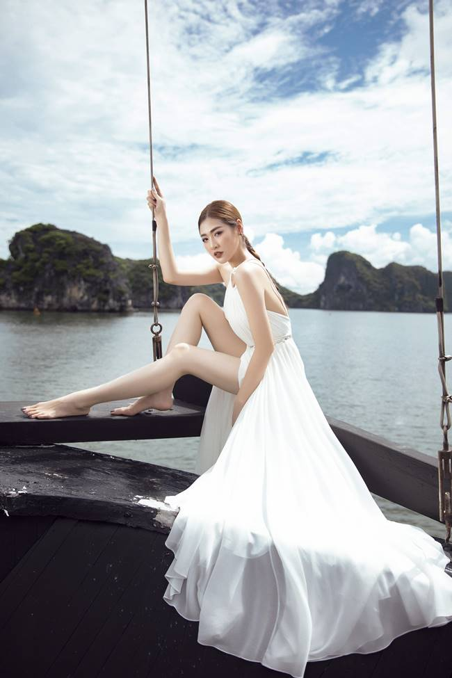 越南時裝超模展示西裝女人魅力,時尚女性旅游穿衣必備攻略