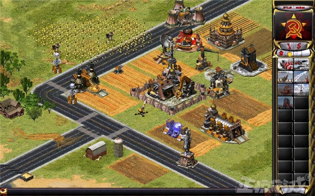 中国玩家念念不忘的红警,死了十年之后,老外把它做成页游被挤爆