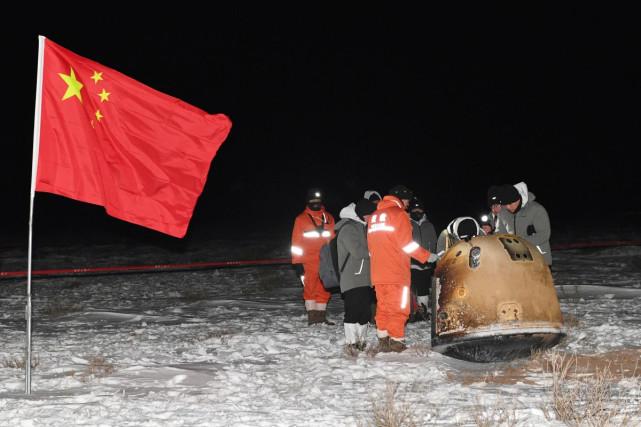 中国科学家求合作,不准;嫦娥五号回来了,想要,美国也好意思?