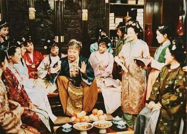 贾府贵族的日常饮食是什么样的?