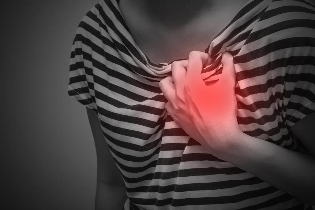 """坚持走路能""""走掉""""心血管病?医生告诉你:如何有效地走路锻炼?"""