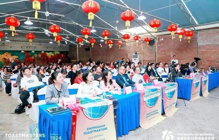 独家专访南中国国际演讲会89大区R中区李小青总监