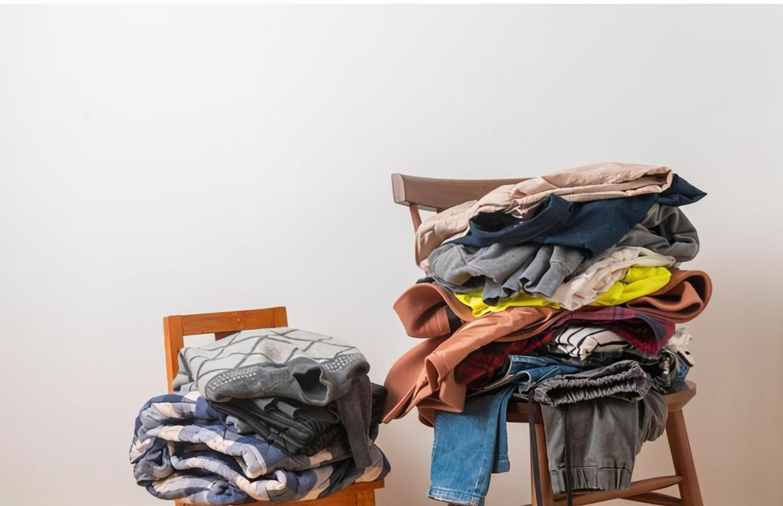 """為什麼在城鎮鄉村""""回收舊衣服""""突然活躍?能賺錢嗎?如何做呢?"""