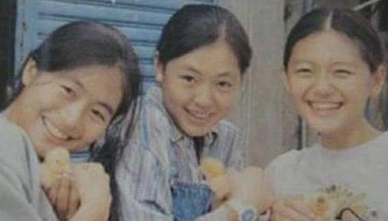 大小s久違同框,姐妹倆剪同款髮型笑容相似,越來越像雙胞胎