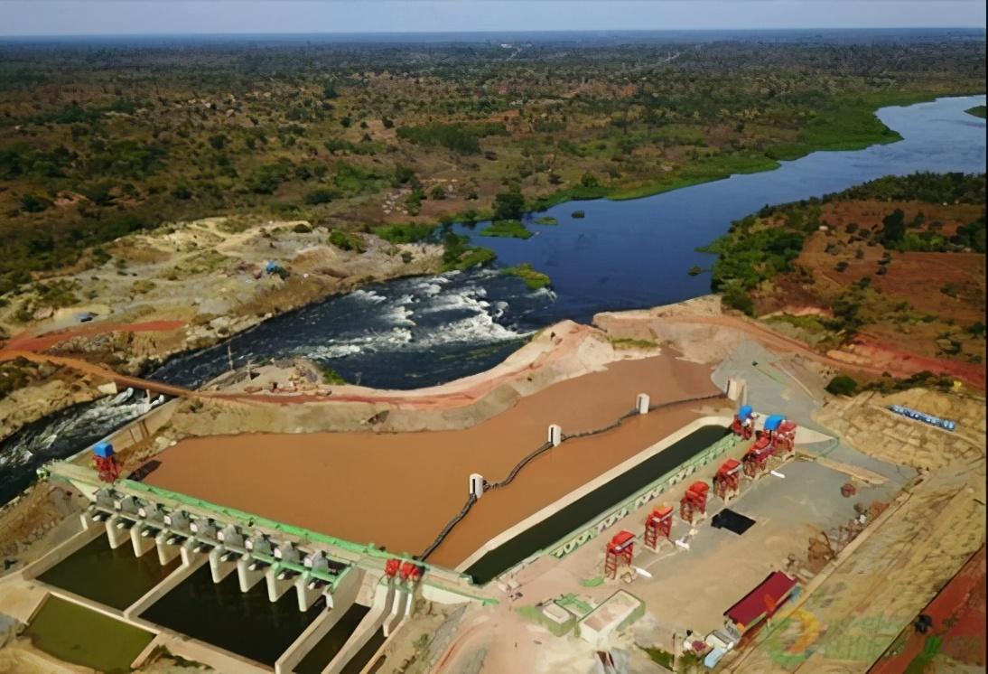 """我国水电""""走出去""""战略再添金字招牌,乌干达最大水电站即将竣工"""