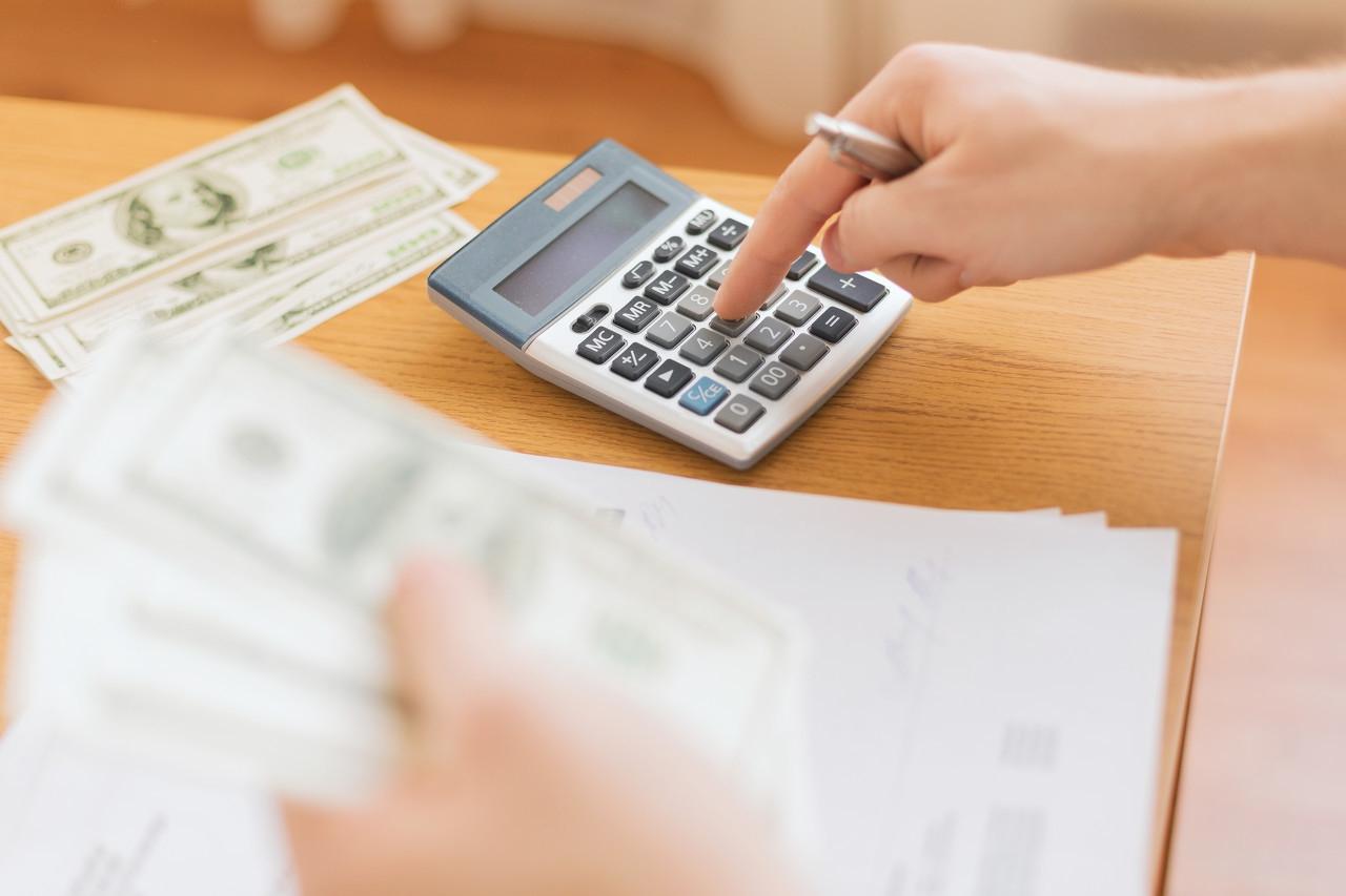 在境外海關繳納的進口關稅和增值稅能否抵扣進項稅額?