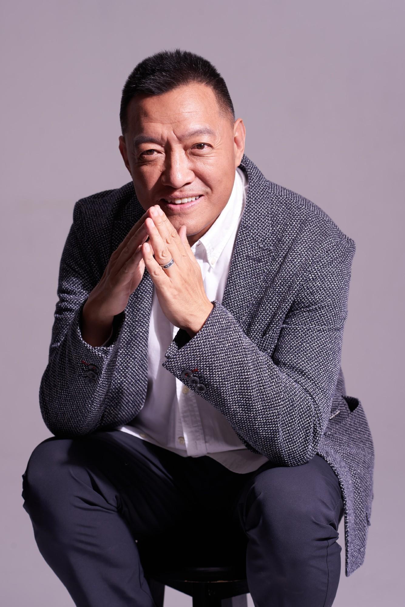 《散养时代》李梦男中国式父亲引全网共鸣 圈养散养掀热议