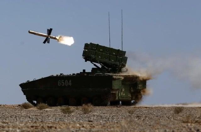 一剑封喉,重型反坦克导弹就是霸气:红箭-10高原打靶首发命中