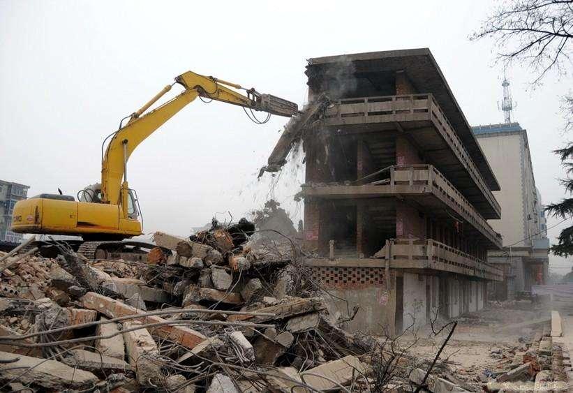 杨在明律师提示:遇到拆迁方强拆,我们应该做好哪些准备?