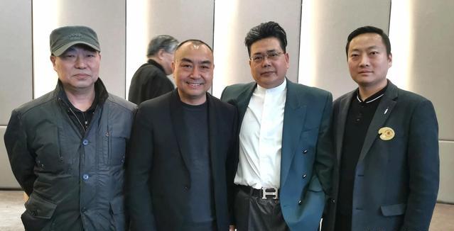 喜迎建党百周年 百幅精品油画展在西安举行