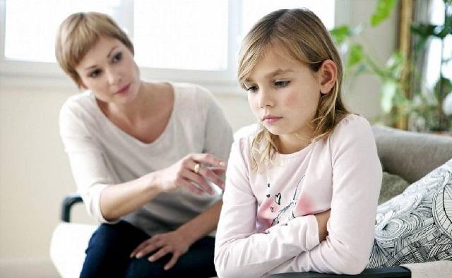 经常被骂的孩子,与没有被骂的孩子,十年后的差距,不止在性格上