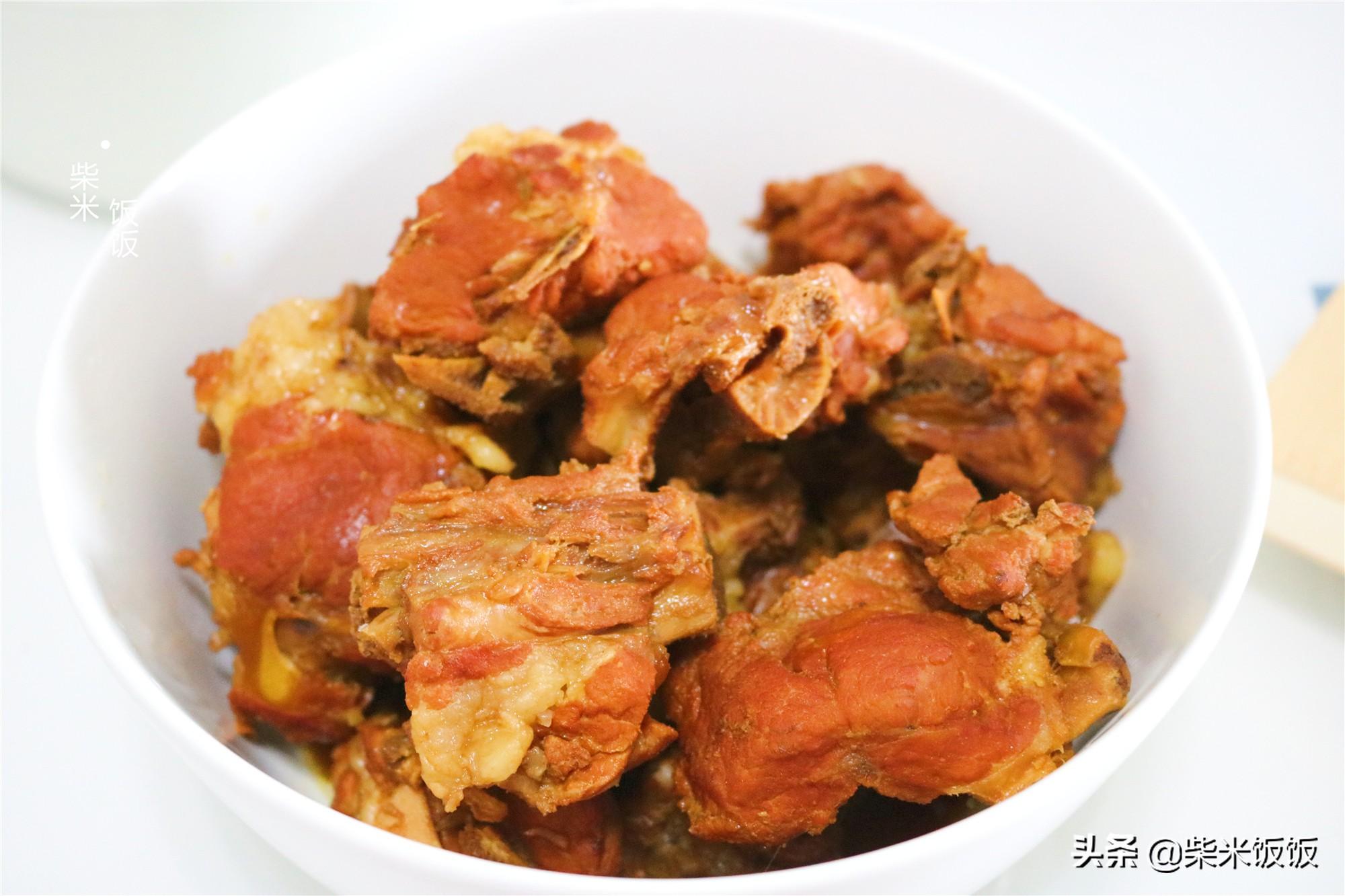 夏天吃肉,这个做法太省事了,丢进锅里不用管,时间一到满屋飘香